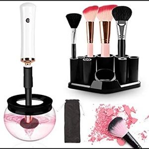 Makeup brushes cleaner